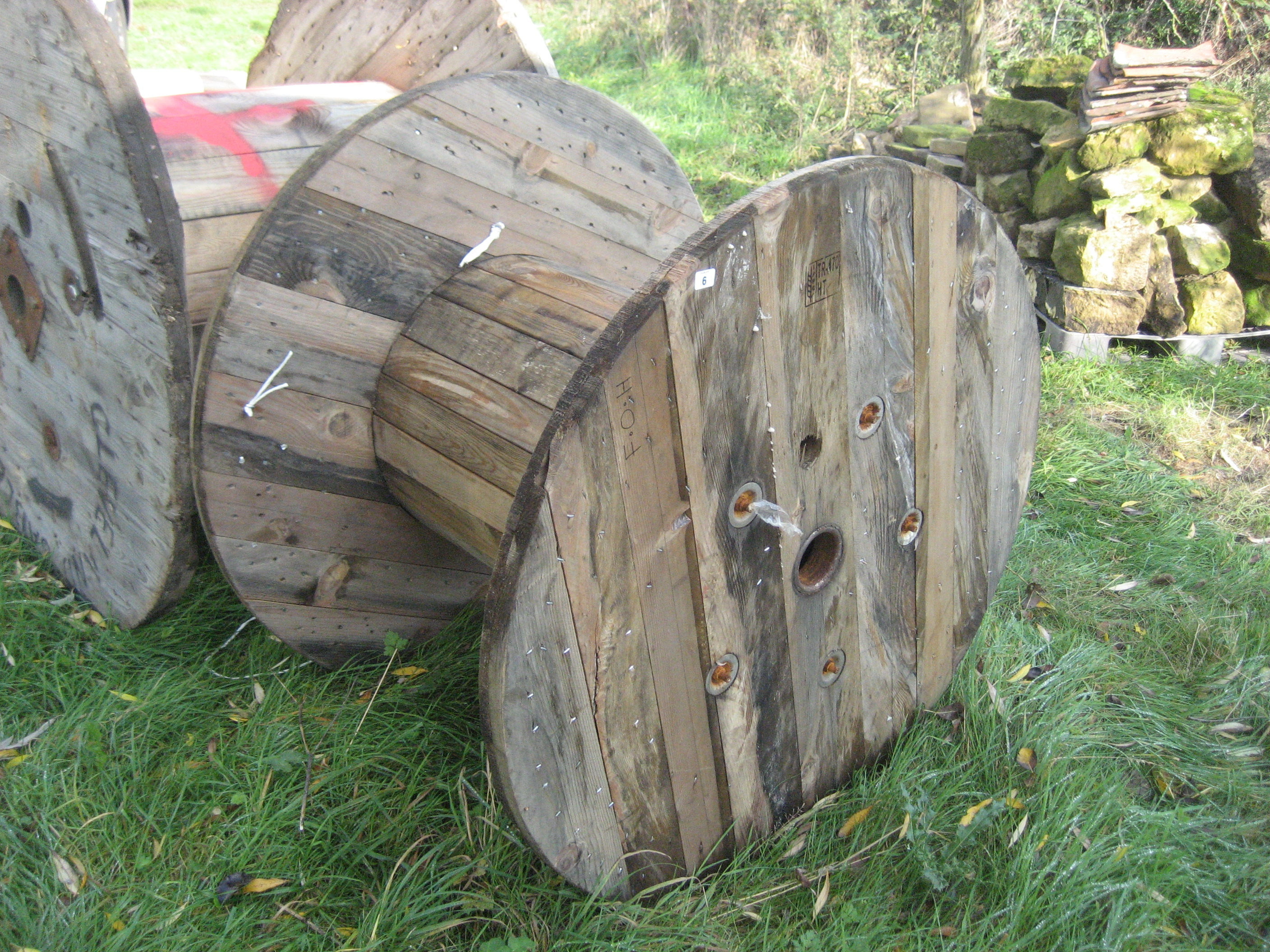 Lot 6 - WOODEN CABLE REEL