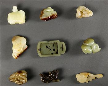 Lot 5035 - (lot of 8) Chinese small hardstone carvings, including three carvings of zoomorphs; group of water