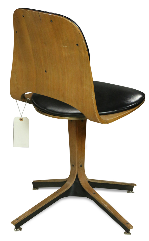 Lot 7271 - Mid Century Plycraft MCM swivel desk chair by George Mulhauser