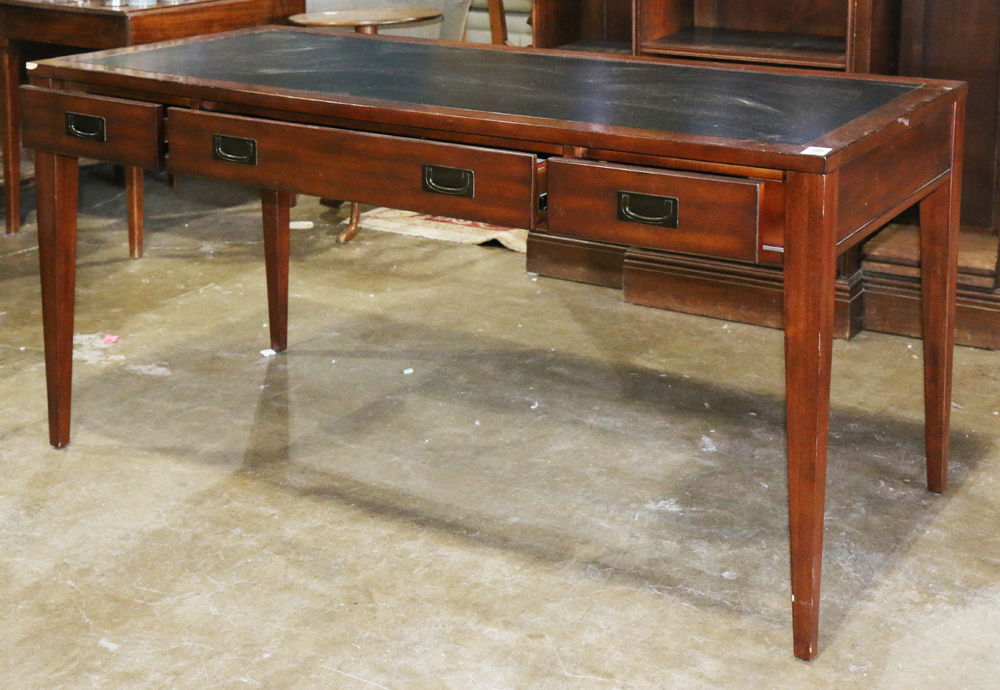 Lot 5825 - Mahogany executive work station, manufactured by Hooker, having an inset leather writing surface