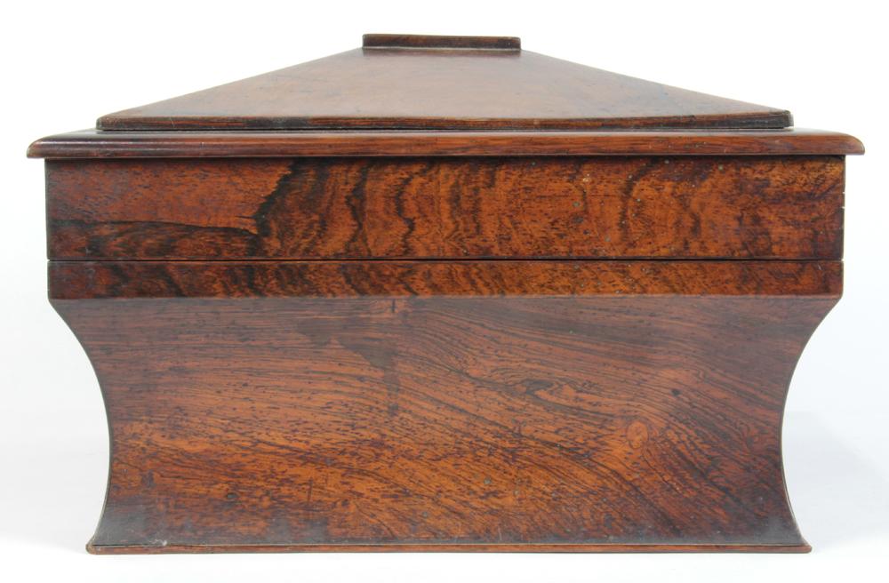 Lot 7199 - Georgian rosewood tea caddy