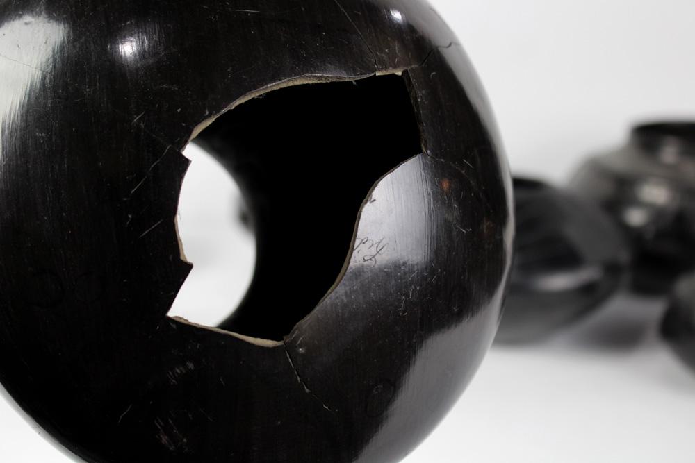 """Lot 4695 - (lot of 9) Casa Grandes blackware items, 6""""h"""