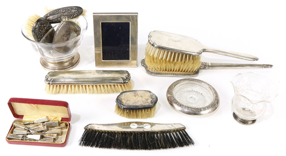 Lot 4584 - (lot of 22) Silver mounted dresser articles
