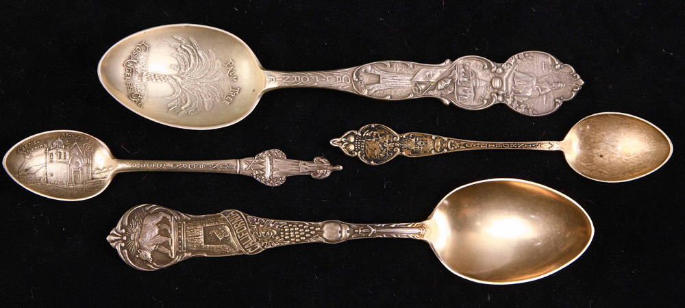 Lot 6720 - (lot of approx. 145) Large grouping of California sterling souvenir spoons