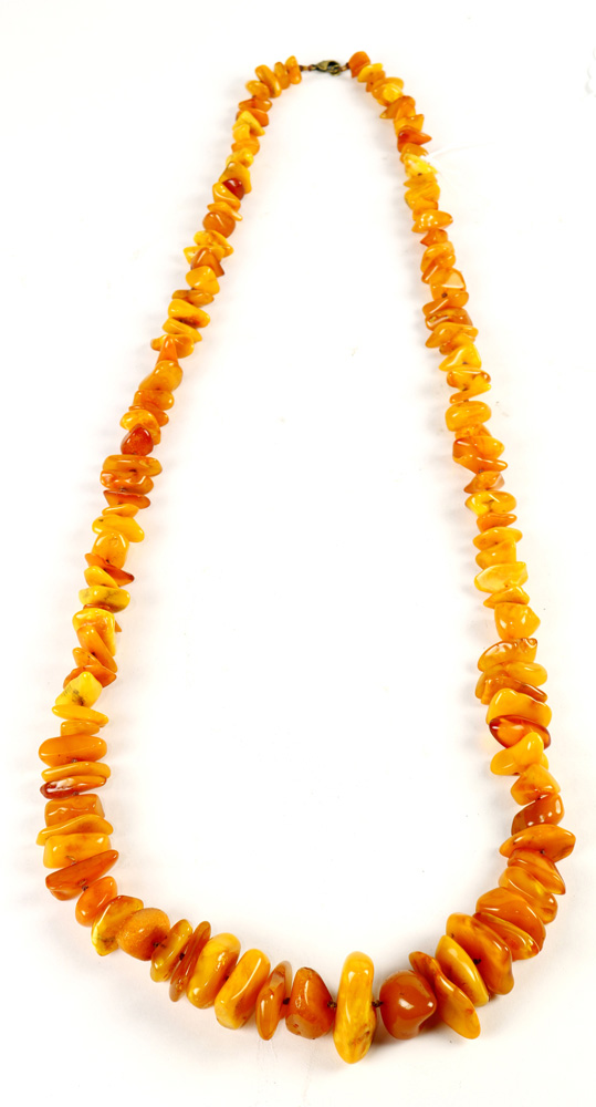 Lot 8038 - Chinese Strand of Amber Necklace
