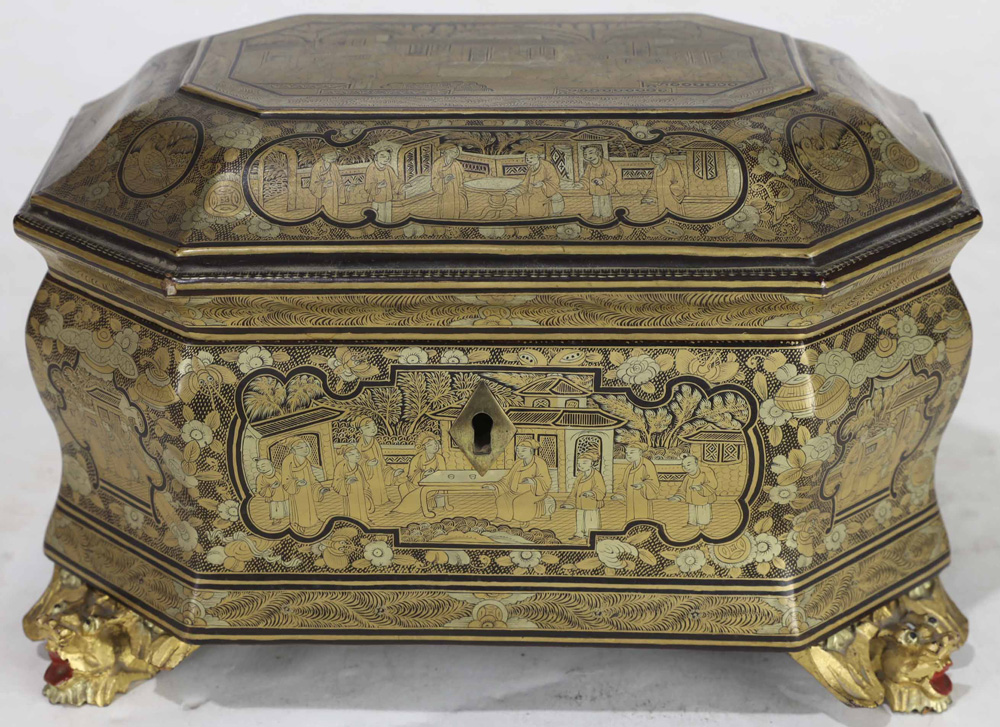 Lot 4023 - Chinese Exported Decorated Box