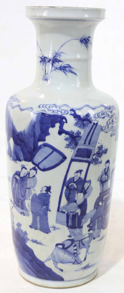 Lot 4016 - A Chinese Blue and White Rouleau Vase