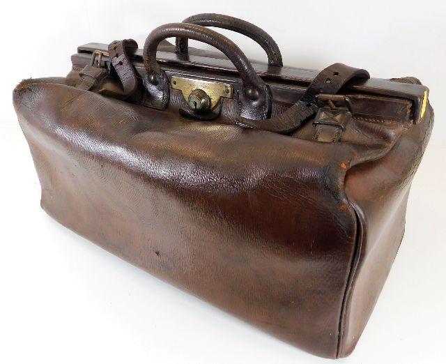 Lot 228 - A 19thC. leather Thresher & Glenny Gladstone bag