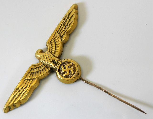 Lot 109 - A WW2 Nazi Germany Third Reich Kriegsmarine lapel
