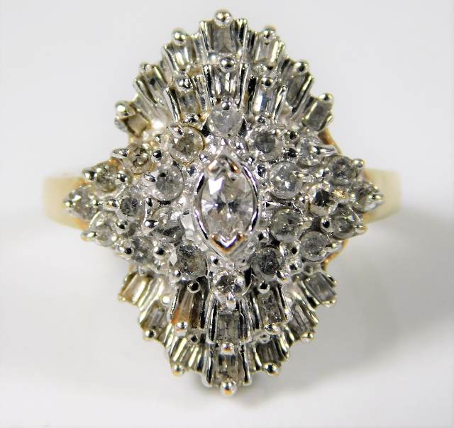 Lot 297 - A 10ct gold ring set with in excess of 1ct diamond