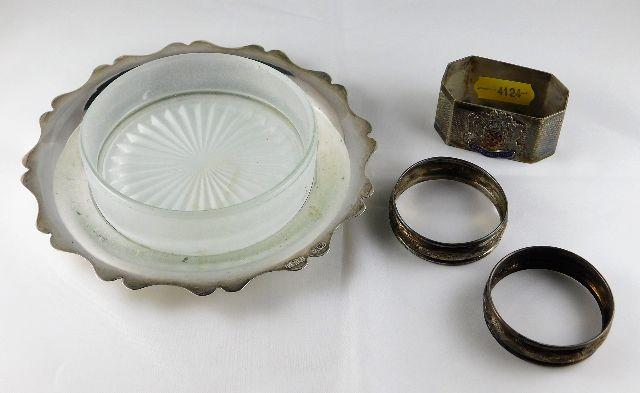 Lot 254 - A silver dish by E. J. Holuston Birmingham 1944 wi