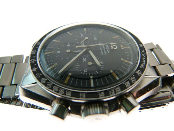 Lot 20 - Omega - Speedmaster Professional 'Pre-Moon' chronograph stainless steel wristwatch, ref: 145012-67