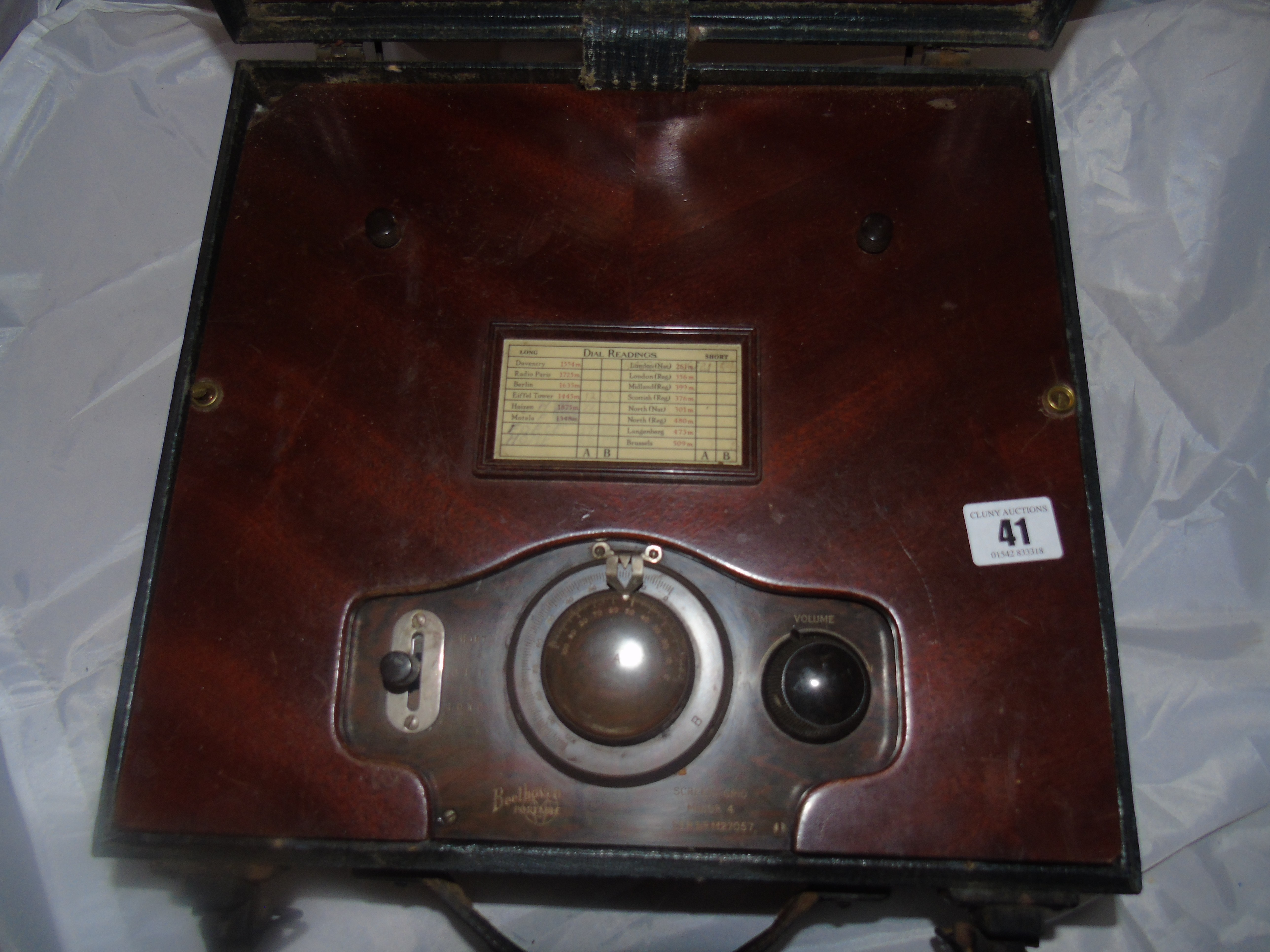 Lot 41 - BEETHOVEN PORTABLE VALVE RADIO EST [£60-£80]