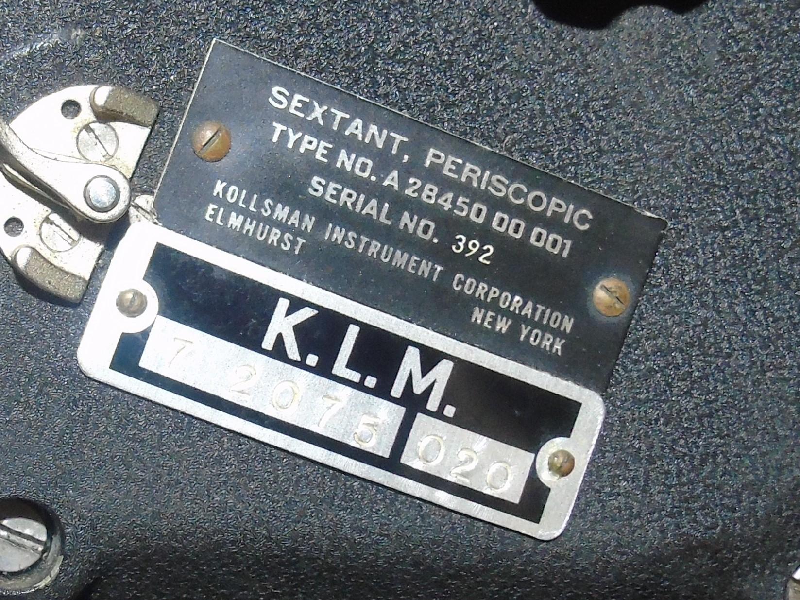 Lot 22 - COLD WAR ERA AIRCRAFT PERISCOPIC SEXTANT BY KOLLSMAN INSTRUMENTS CORP EST [£90-£130]
