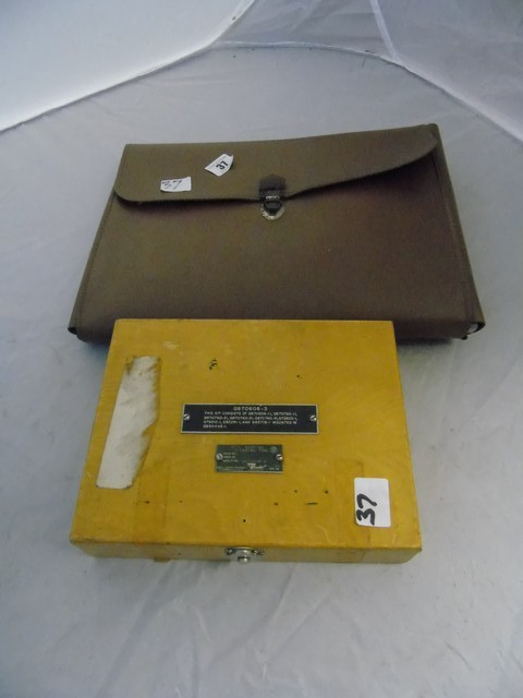 Lot 37 - AIRCRAFT EMERGENCY MEDICAL KIT + CLEANING KIT EST [£20-£40]