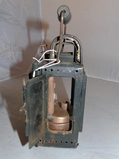 Lot 3 - GERMAN TINPLATE RAILWAY LAMP STAMPED LININGER & CO WIEN XVI EST [£20-£40]