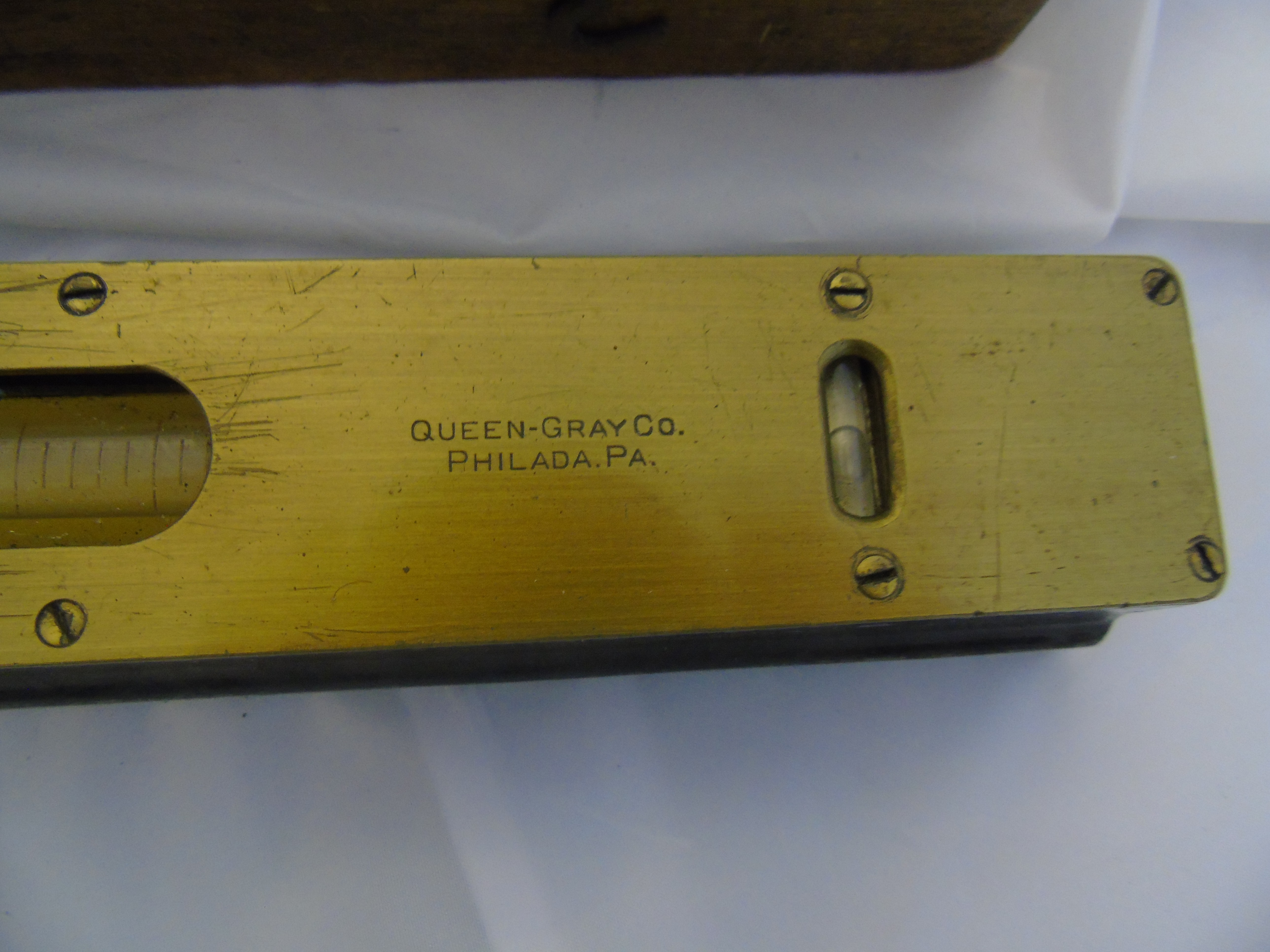 Lot 16 - PRESICION ENGINEERS SPIRIT LEVEL BY QUEEN GREY CO PHILADA . P.A.BOXED EST [£20-£40]