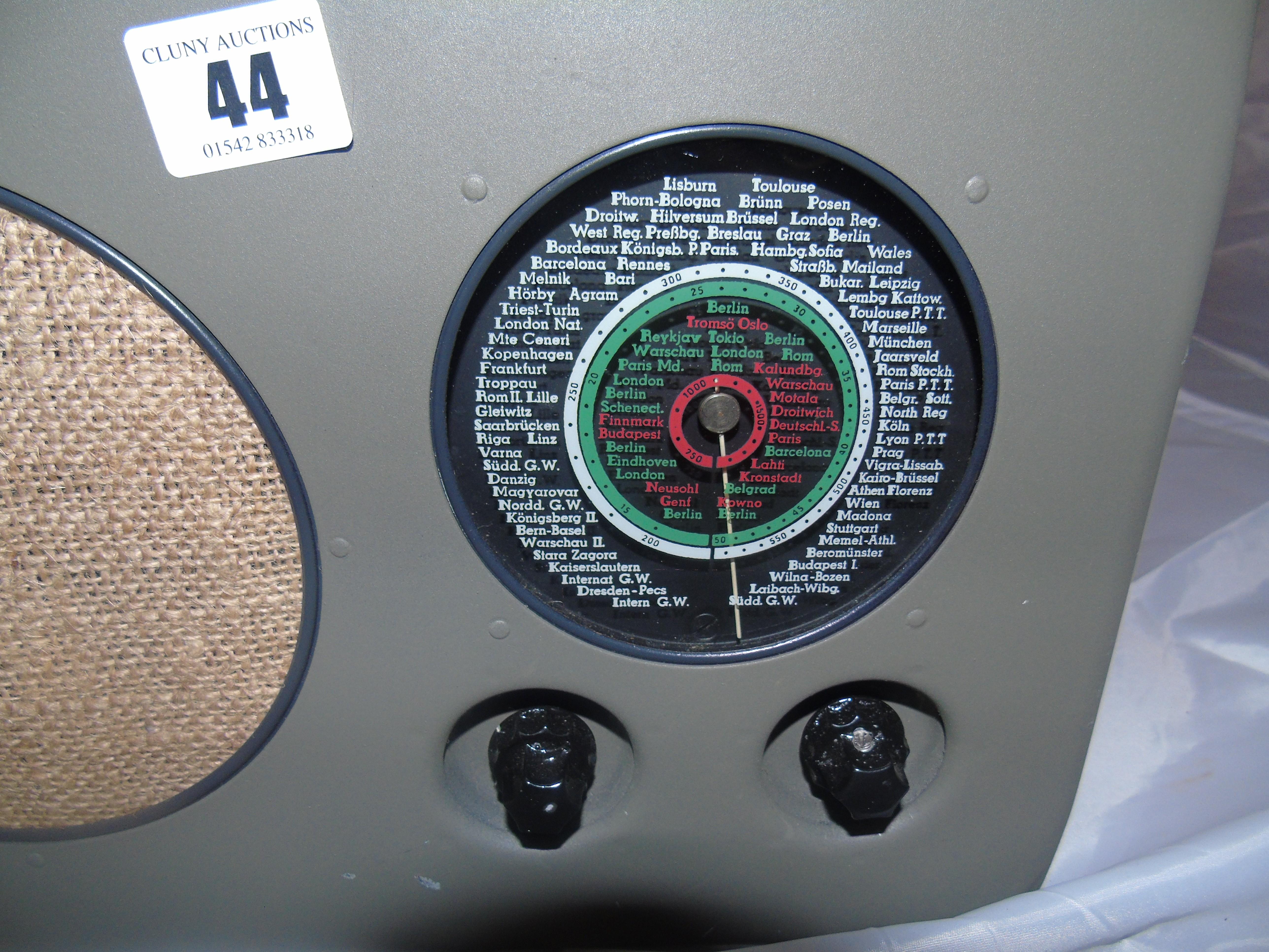 Lot 44 - HERSTELLAR BO TYPE R2 RADIO STATION EST[£60-£120]