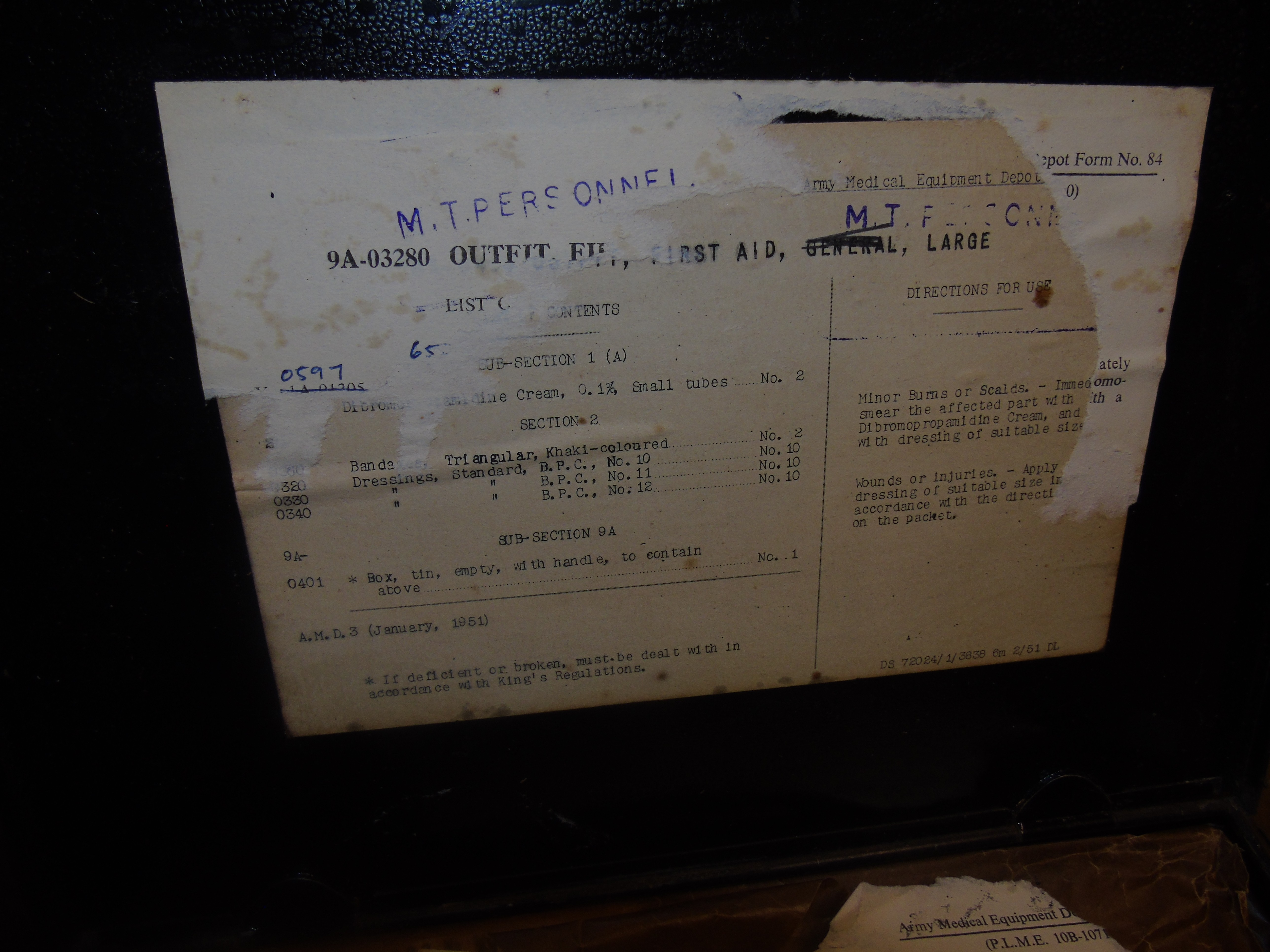 Lot 38 - WW1 OUTFIT FIRST AID MEDICAL PERSONEL TIN PLATE BOX & GERMAN DENTIST SIGN EST [£20-£40]