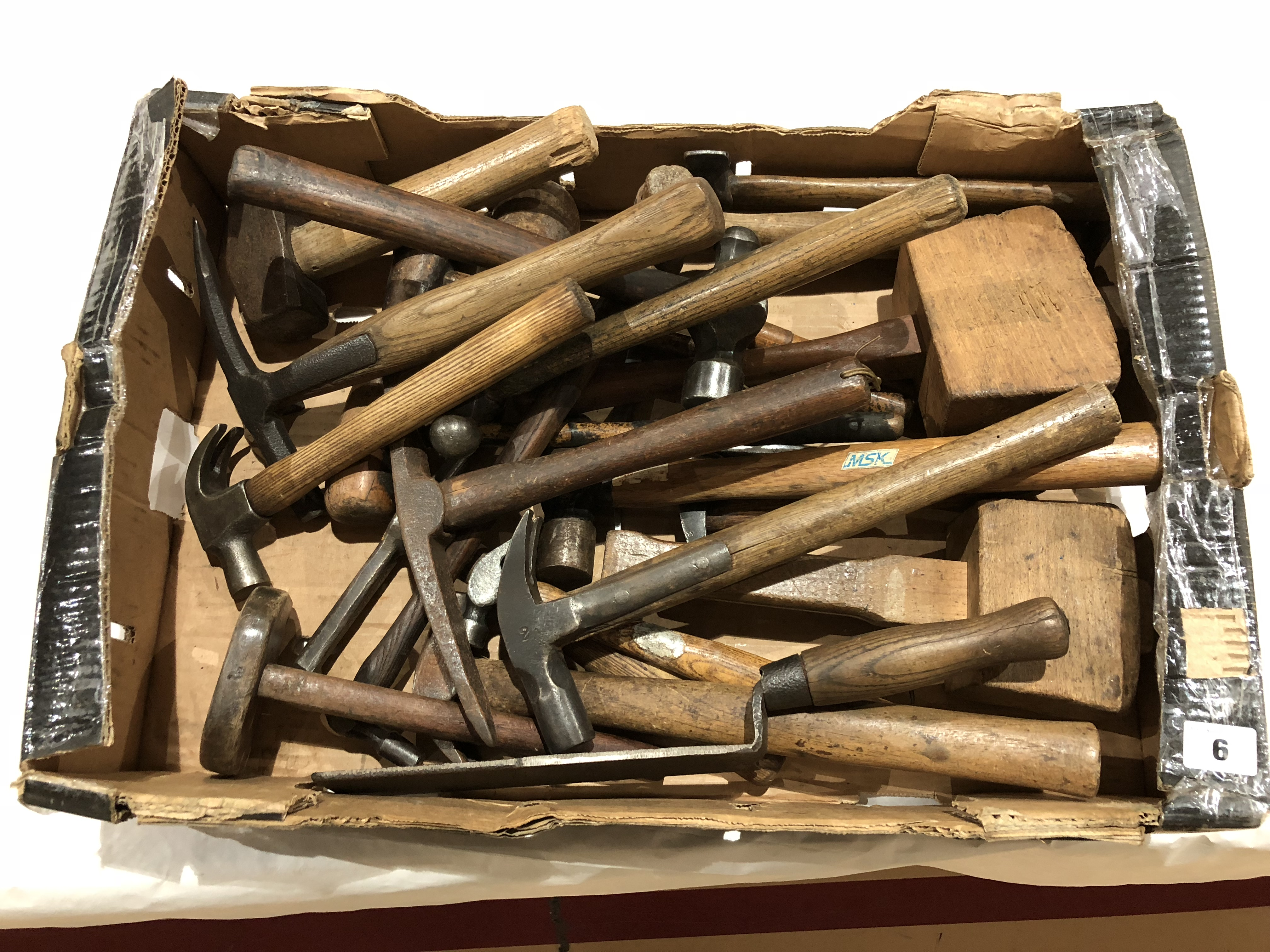 Lot 6 - A quantity of hammers G