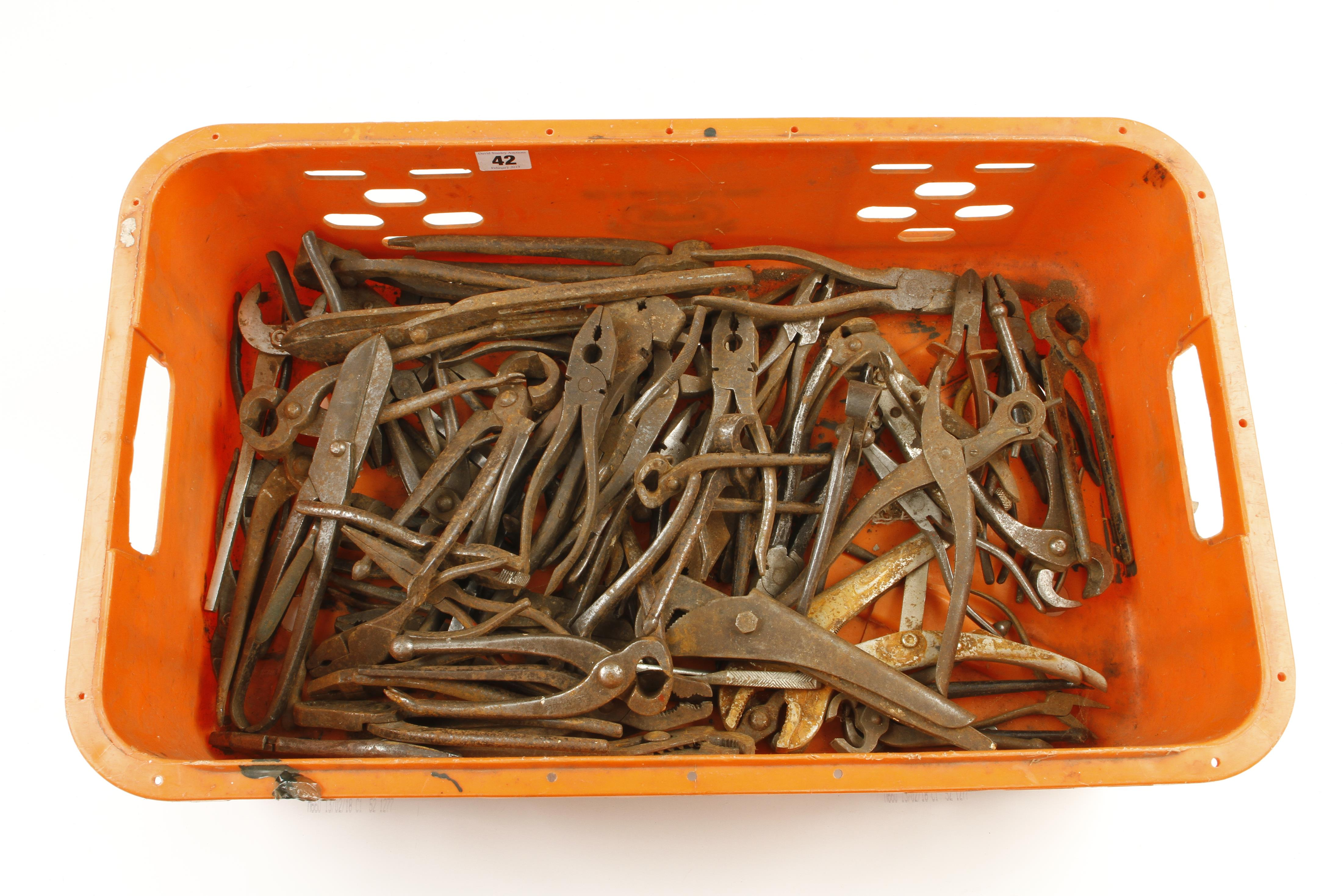 Lot 42 - Quantity of old snips and grips G-