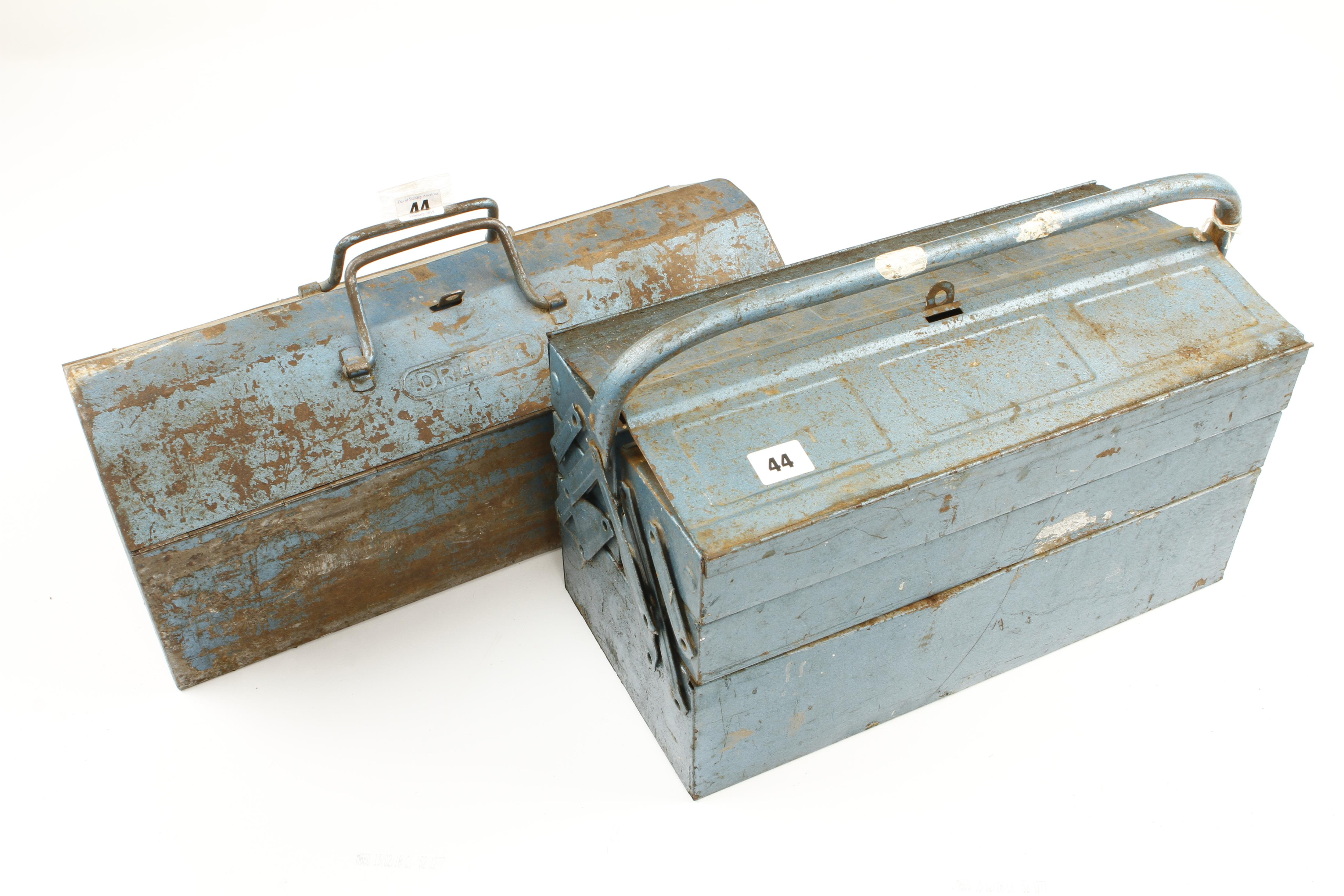 Lot 44 - A cantilever tool box and another with some tools G