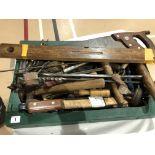 Lot 1 - A box of tools