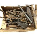 Lot 16 - A quantity of augers,