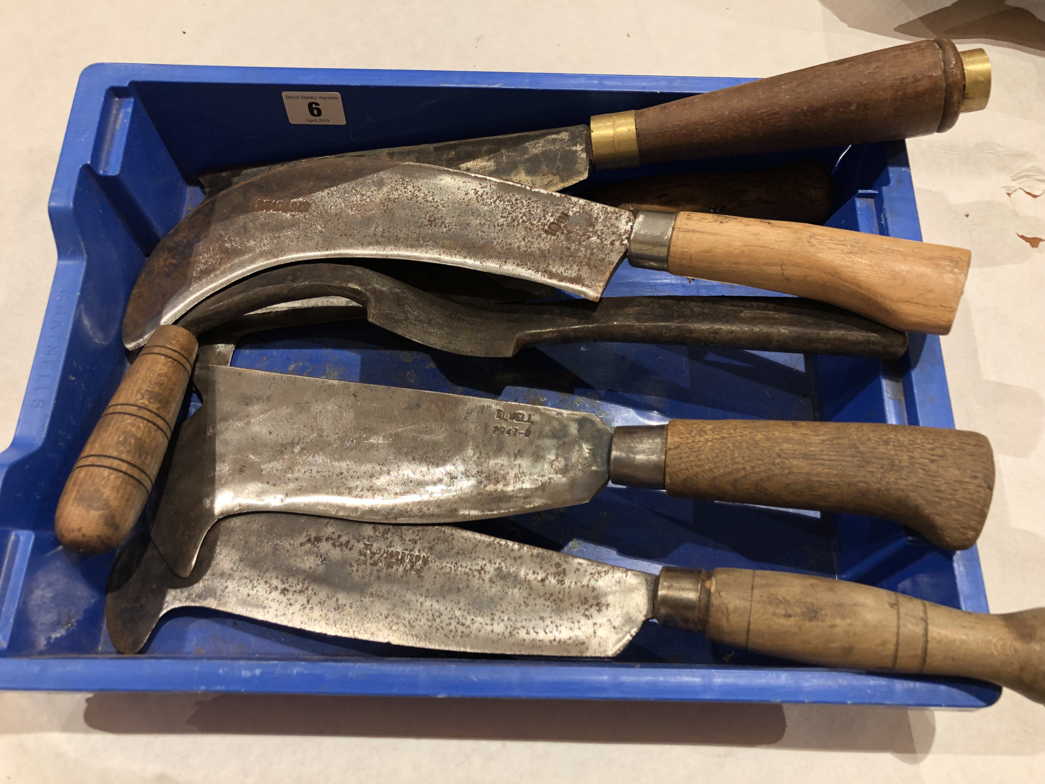 Lot 6 - Five billhooks and a coopers drawknife