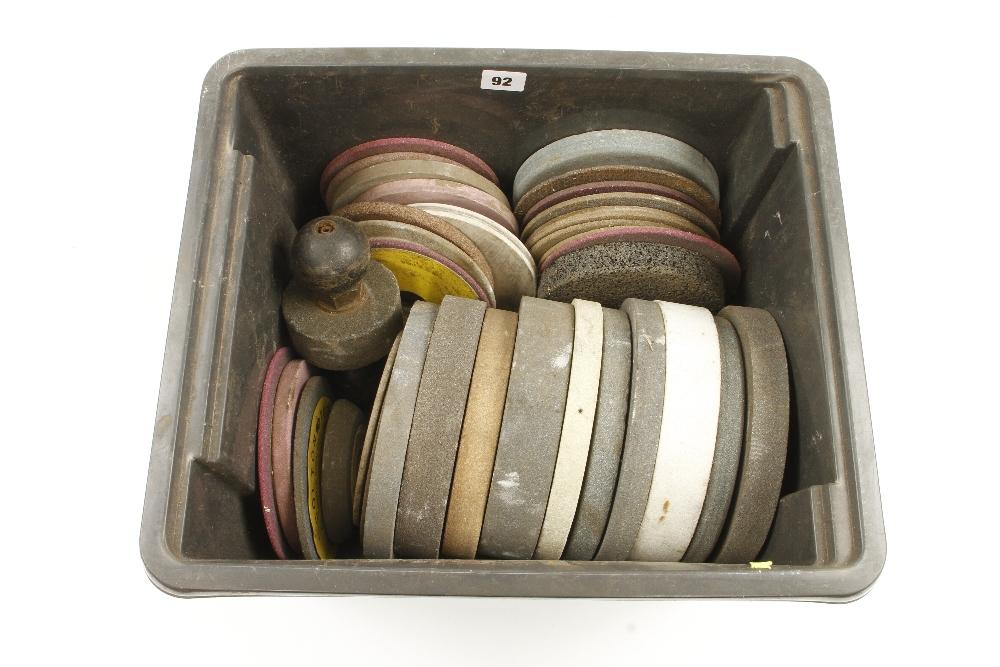 Lot 92 - Large quantity of abrasive wheels G