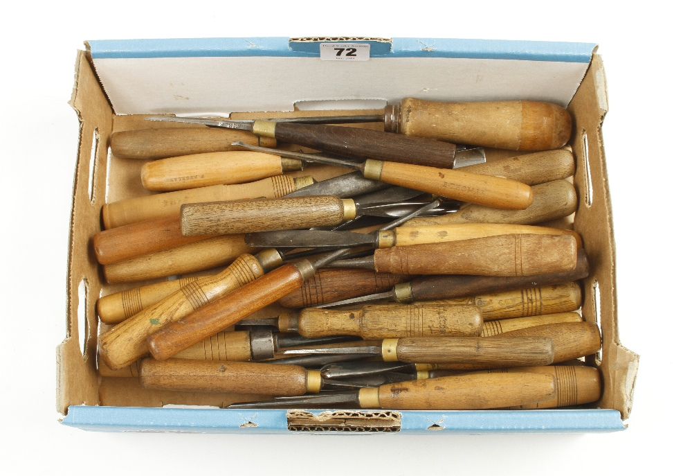 Lot 72 - 28 carving tools G+