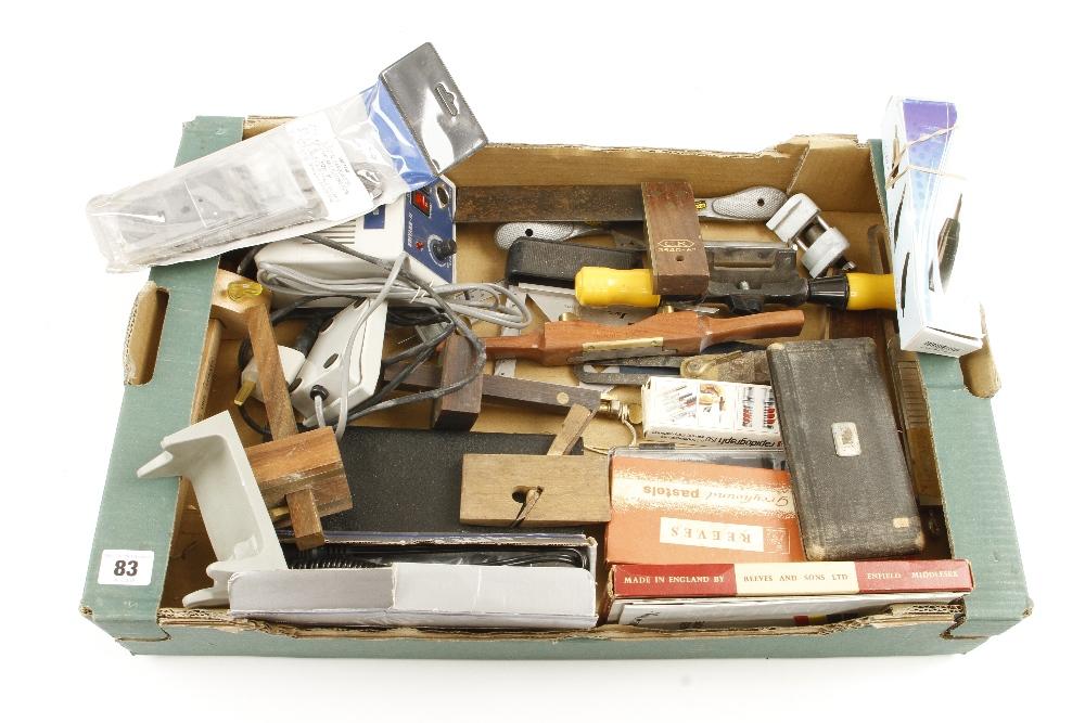 Lot 83 - A box of tools G