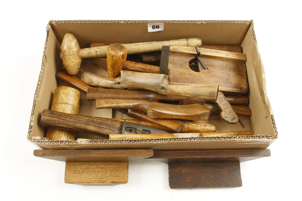 Lot 68 - Eight wood shaves and five other items G
