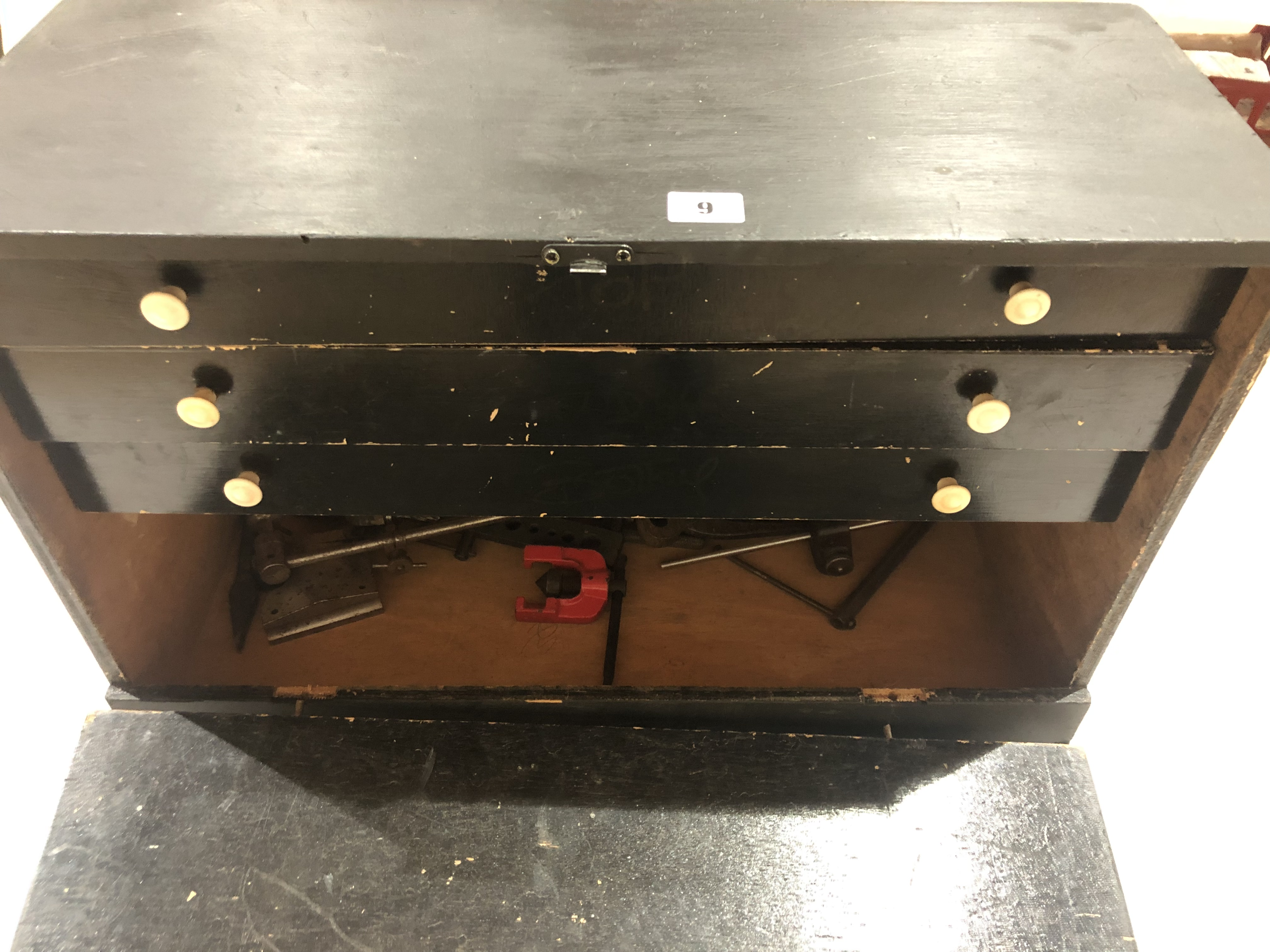 Lot 9 - A three drawer engineers chest with some tools G