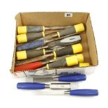 Lot 80 - 14 chisels with composite handles G