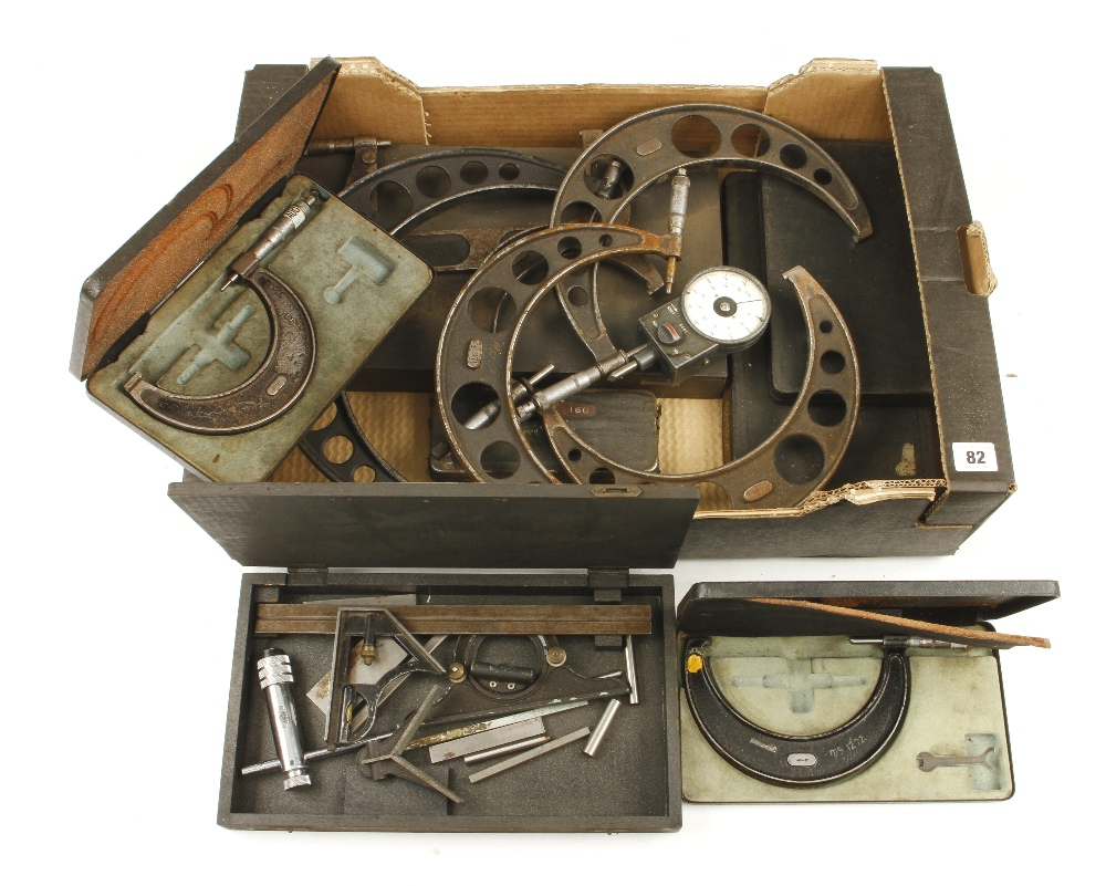 Lot 82 - 12 engineers micrometers etc G