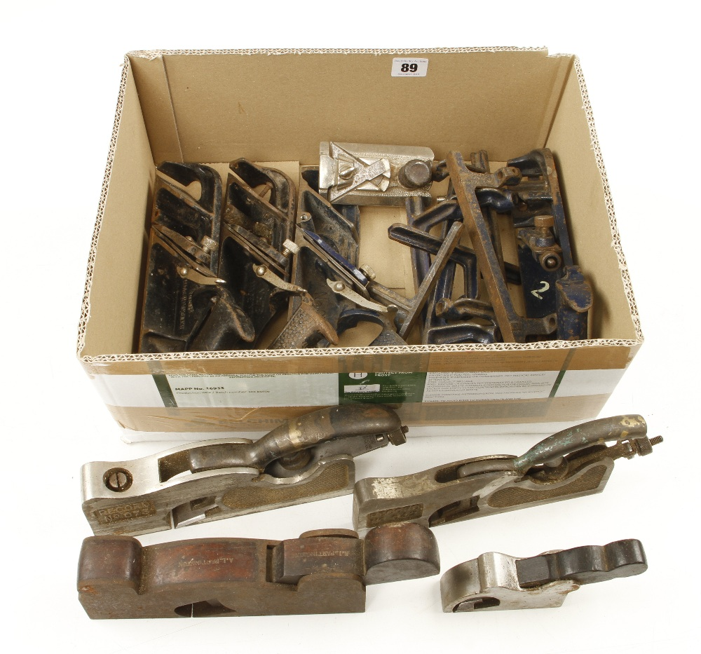 Lot 89 - Seven various STANLEY & RECORD rebate planes for spares or repairs G-