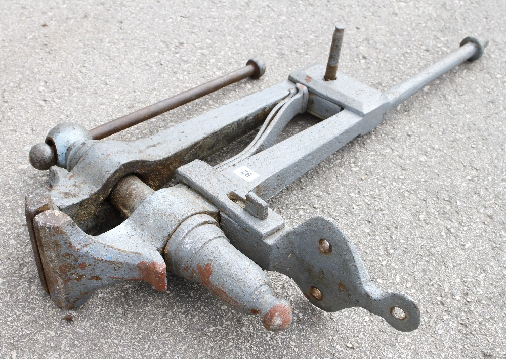 """Lot 92 - A large heavy leg vice with 5 1/2 """" jaws 39"""" overall G"""