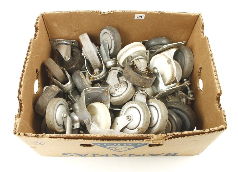 Lot 90 - A quantity of caster wheels G
