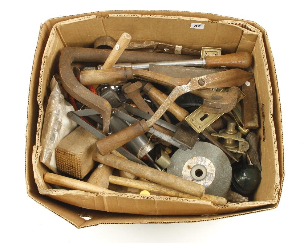 Lot 87 - A box of tools G