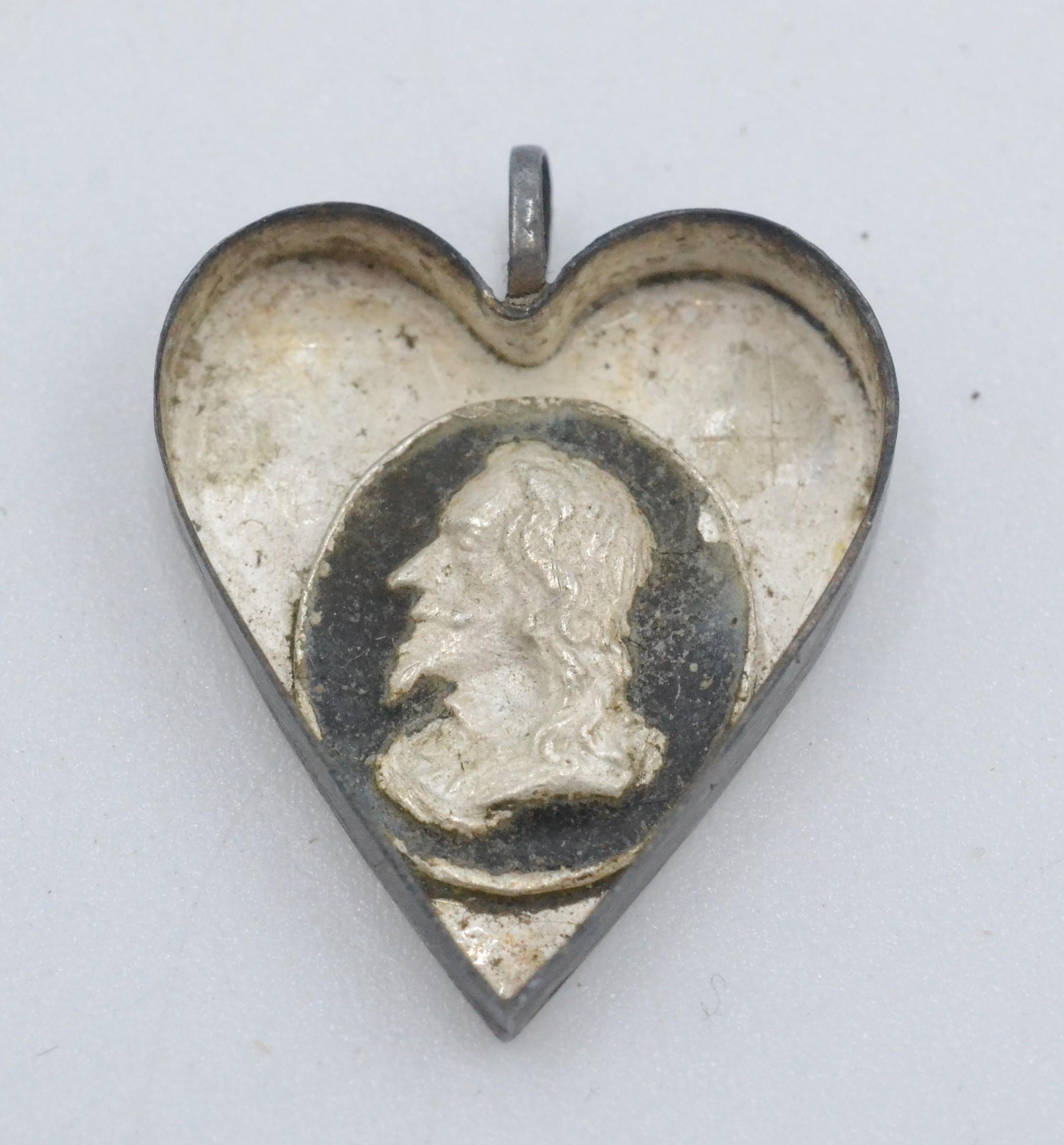 A Royalist heart shaped silver locket, - Image 3 of 4