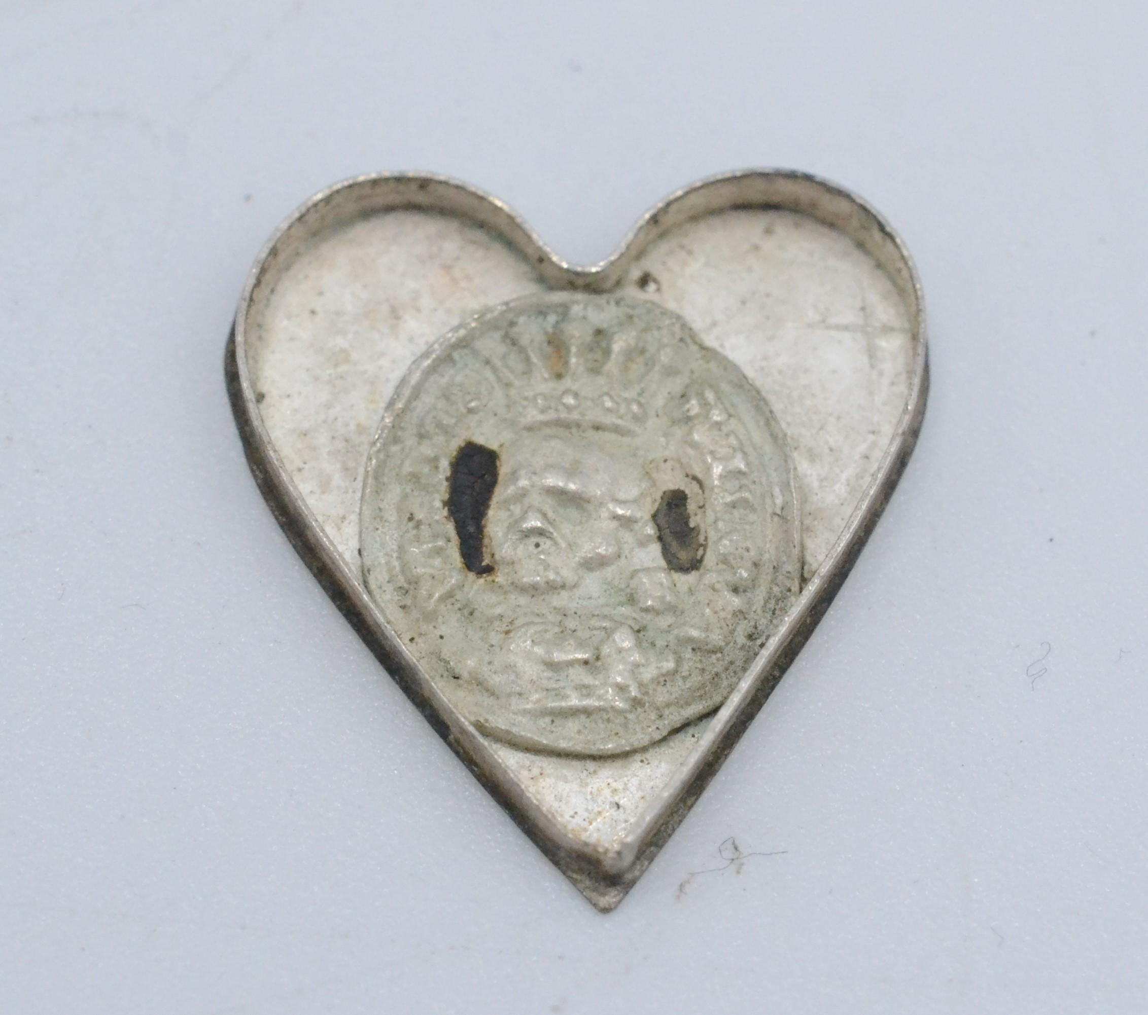 A Royalist heart shaped silver locket, - Image 4 of 4