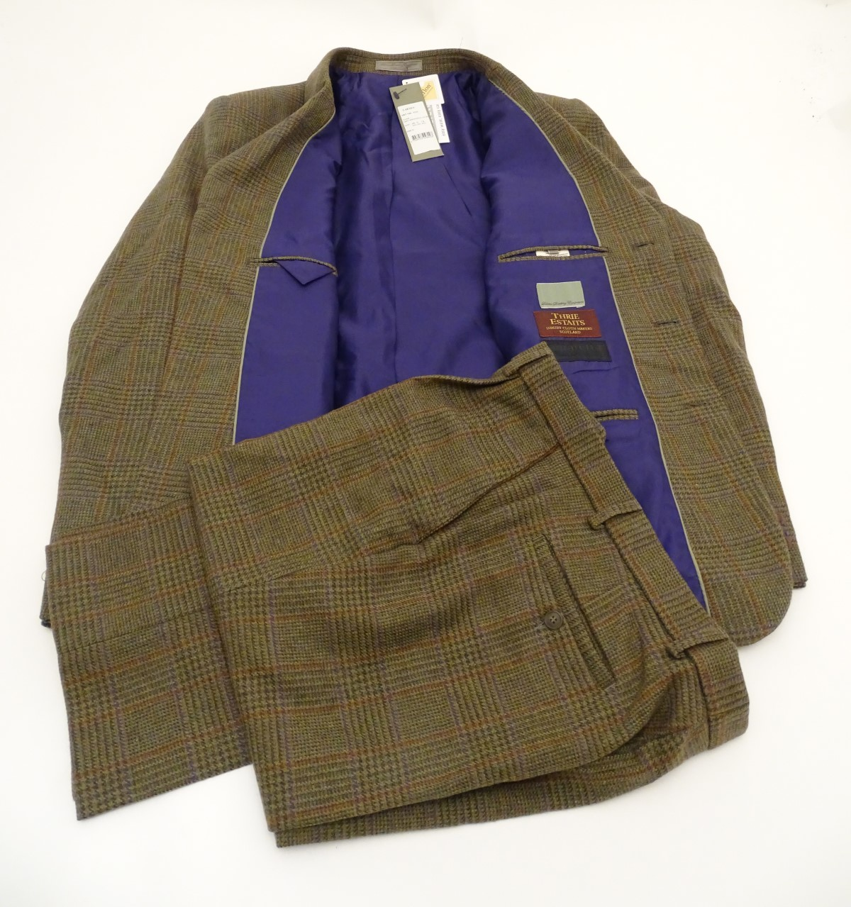 A Laksen tweed shooting suit, jacket size 2XL, trousers ...
