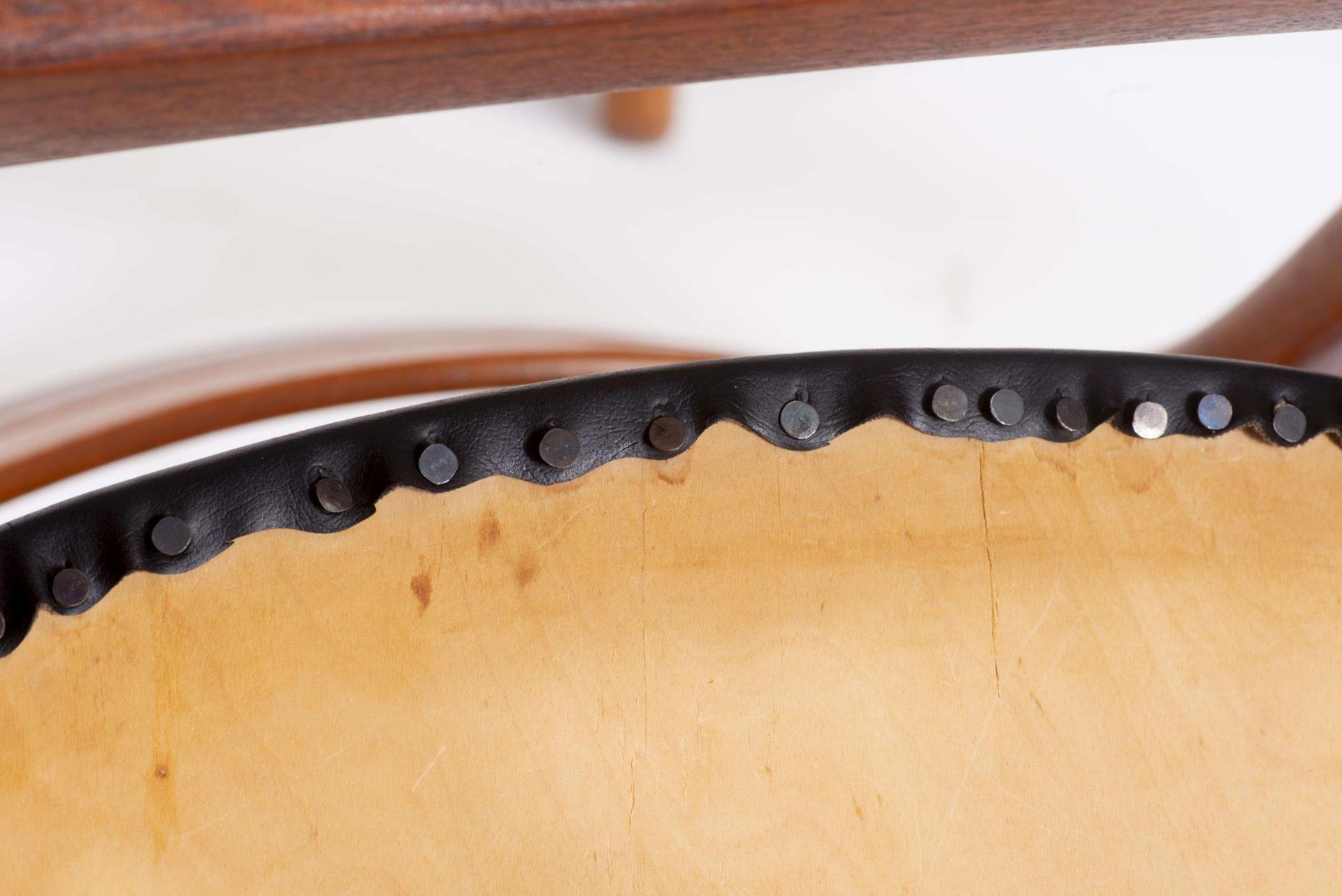 Quatre chaises en teck et deux fauteuils en chêne de style scandinave - Bild 9 aus 9