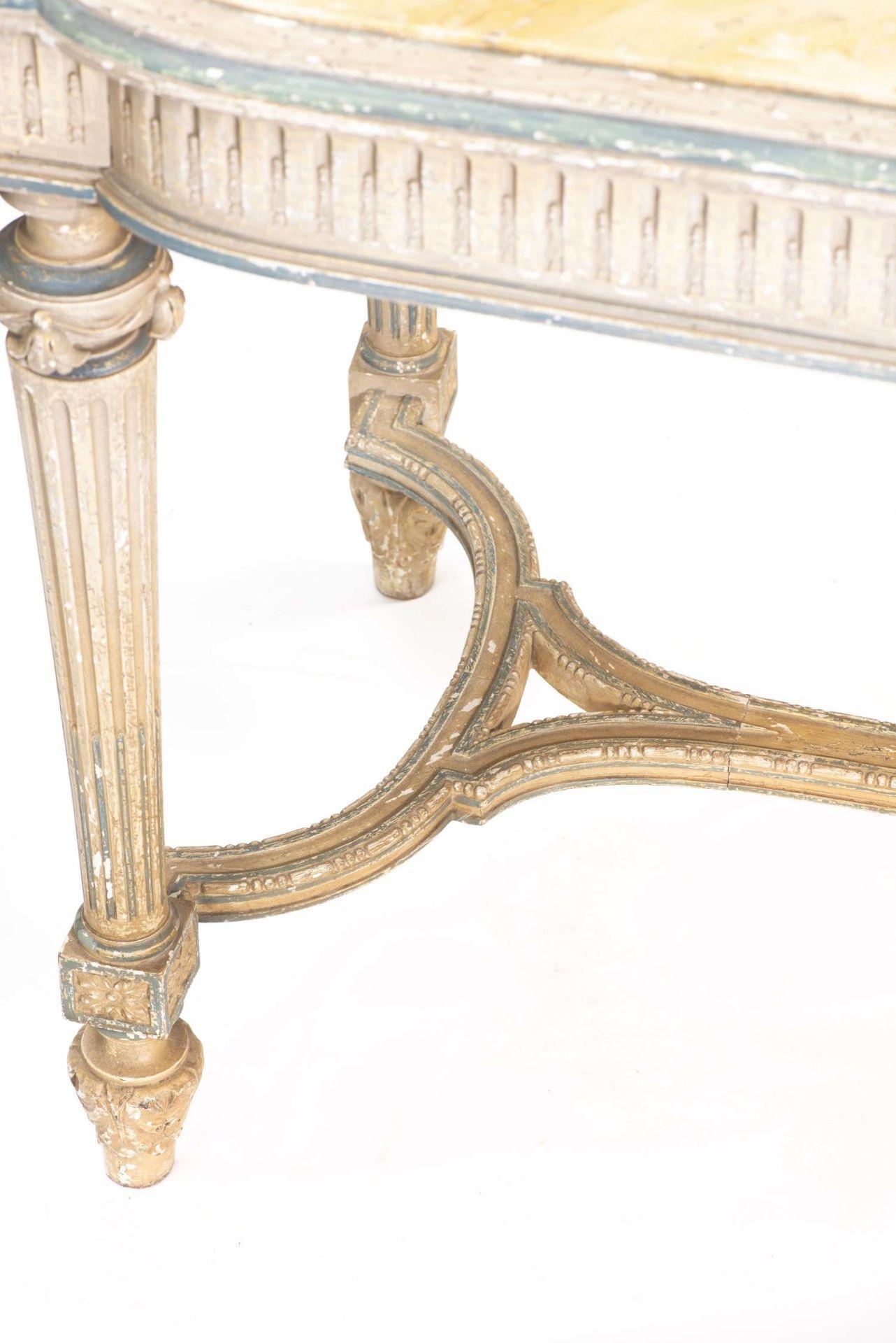 Table de chasse de style Louis XVI avec plateau de marbre jaune - Bild 4 aus 4