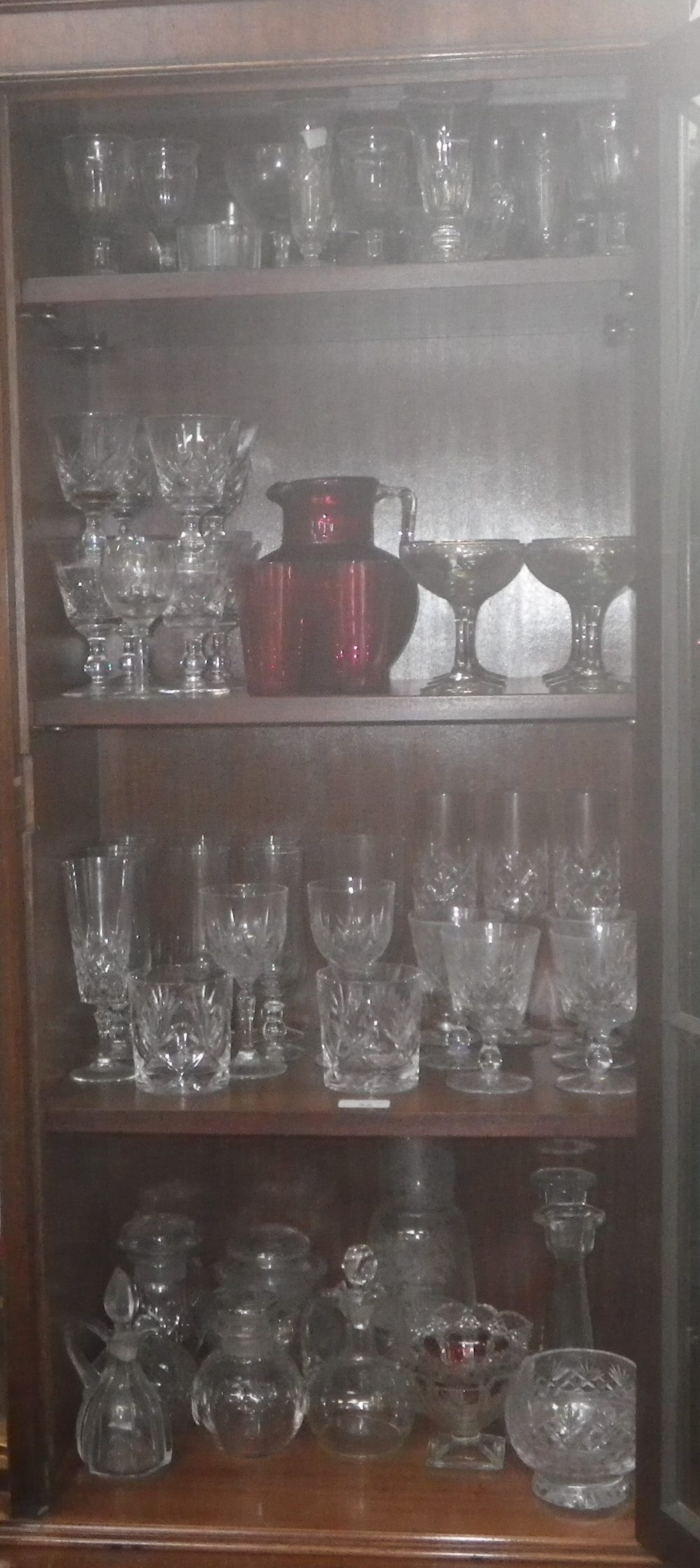 Lot 32 - A COLLECTION OF GLASSWARE, including Thomas Webb wine glasses, a cranberry glass jug and beakers