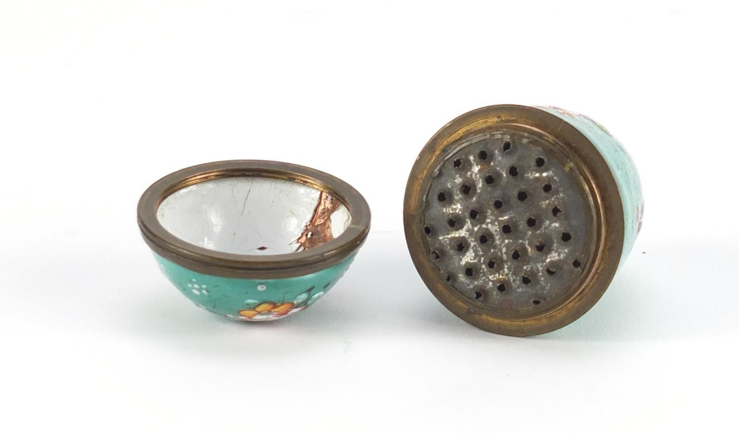 Lot 44 - 18th century Bilston enamel nutmeg grater hand painted with flowers, 5cm high :For Further Condition
