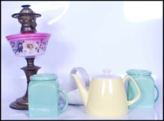 A collection of vintage 20th Century ceramics to i
