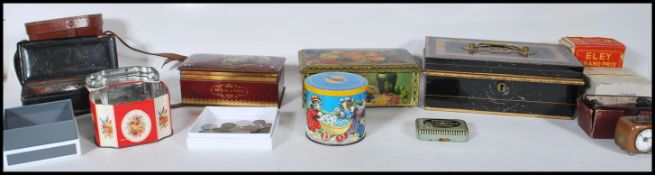 A collection of miscellaneous vintage 20th Century