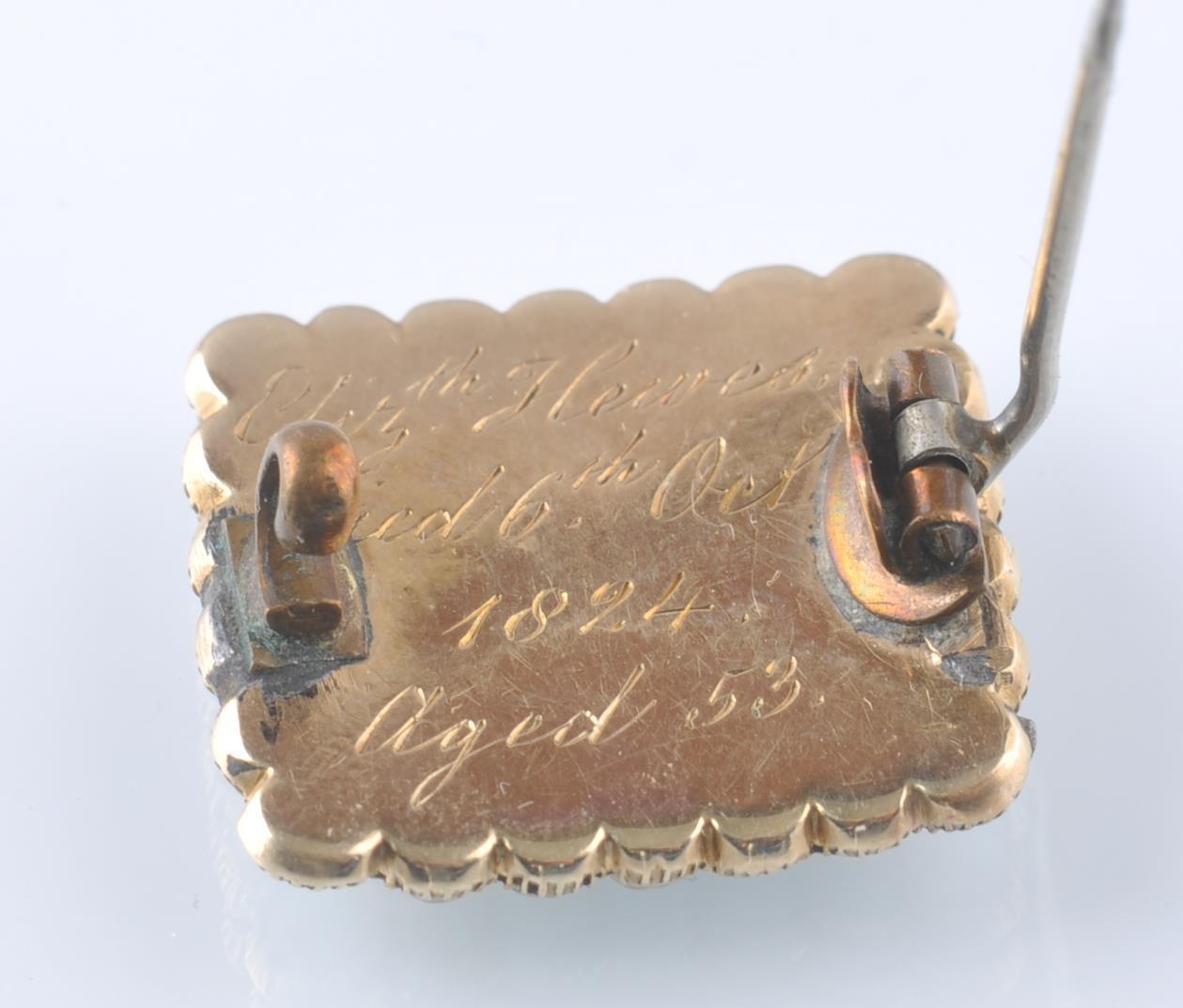 Lot 69 - 1824 GEORGE IV GOLD AND SEED PEARL WINDOW LOCKET B
